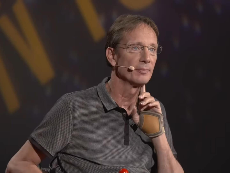 TEDx Talk – Utiliser l'électrostimulation fonctionnelle pour l'exercice chez les paralysés