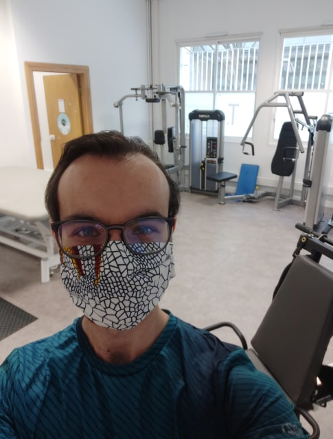 Nicolas avec son masque